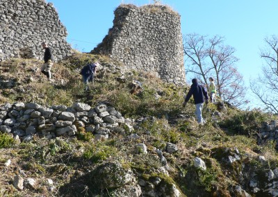 2012 Janvier : Compte-rendu Débroussaillage et Relevé Topographique au château